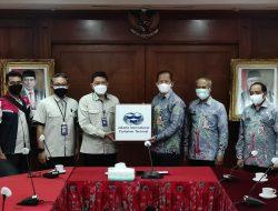 JICT Sumbang 4200 paket Vitamin untuk Pasien Isoman di Jakut